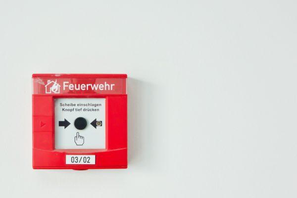 fire-detectors-502893_1920